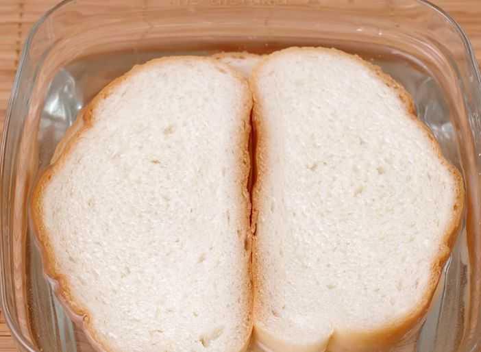 Хлеб в воде